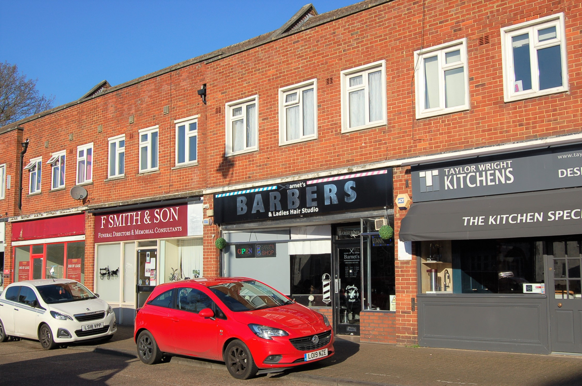 8 Stainash Parade, Kingston Road, Staines